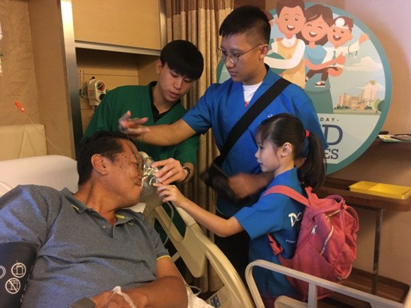 Doctor for a day - fun activity with kids at Mount Elizabeth Hospitals