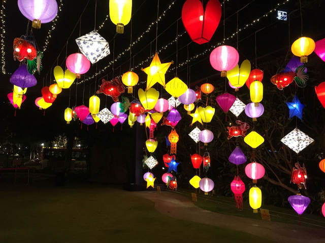 ASEAN-themed lantern Installation