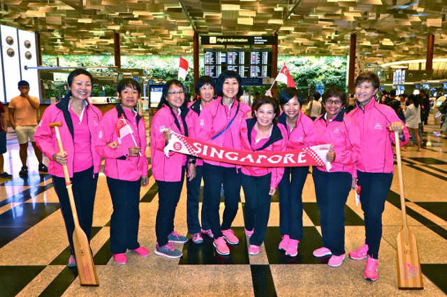 Breast Cancer Foundation Pink Paddlers Dragon Boat team