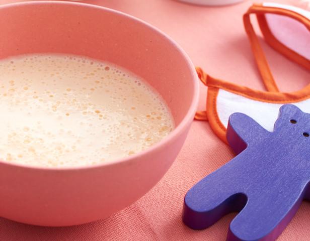 Peach yoghurt smoothie recipe for babies