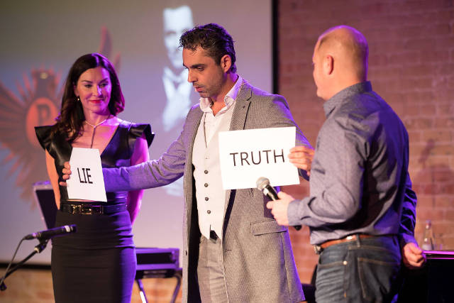 Phoenix, The Australian Mentalist-Mind Reader-Magician Comes to Singapore