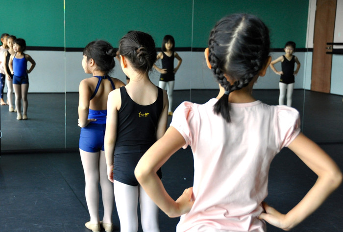 Ballet classes for kids Singapore Stepping Out Studios Review