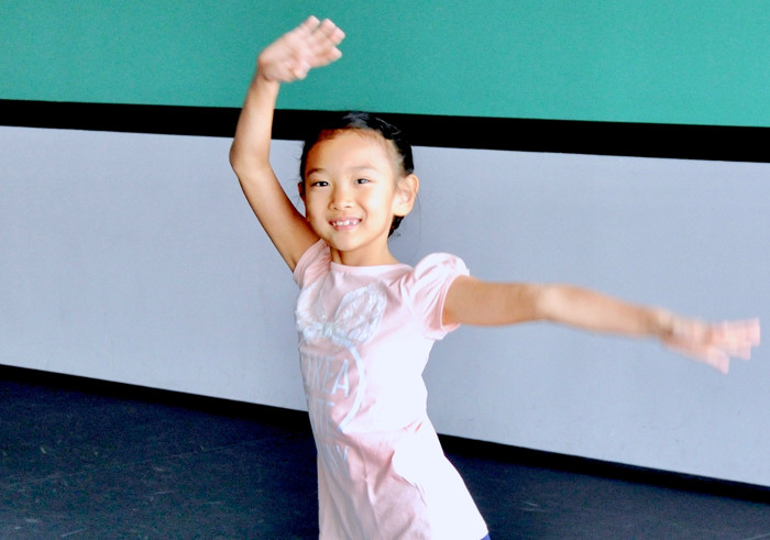 Jazz dance class review Stepping Out Studios
