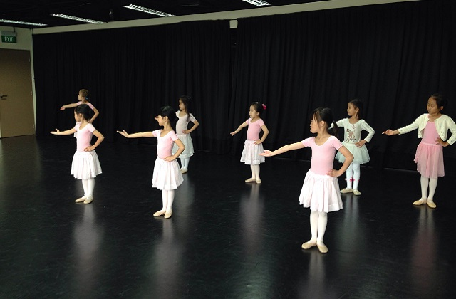 Stepping Out Studios Ballet for girls