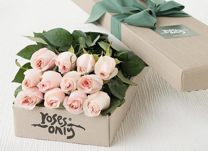 Mothers Day gift ideas Roses Only Gift box
