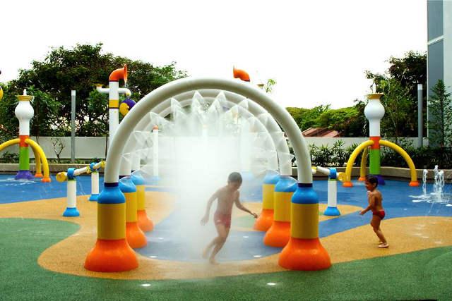 sembawang shopping centre water playground