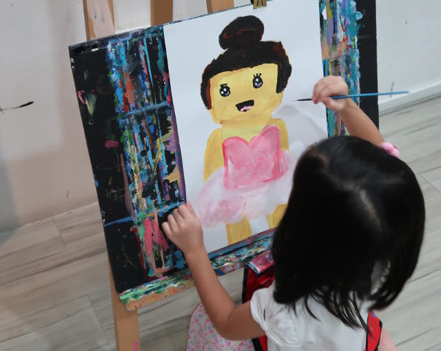 Heart Studio Kids art programme Little Dali
