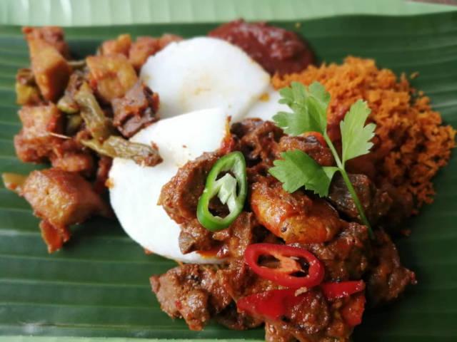 Lontong streat singapore food festival 2019