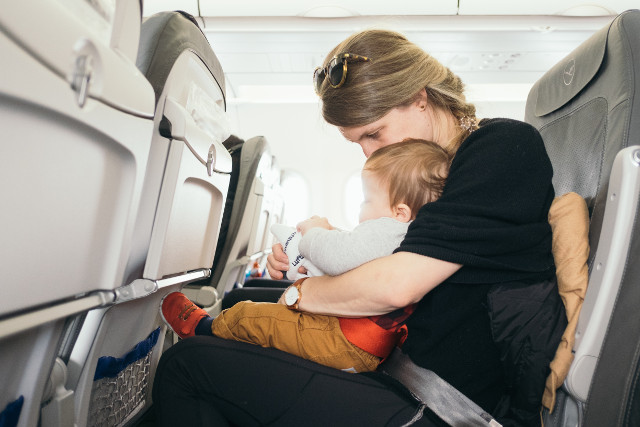 Taking a flight alone with baby