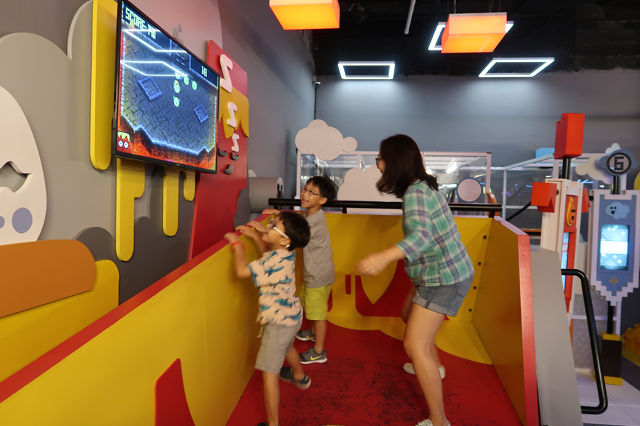 Amazing Castle Singapore Indoor Playground