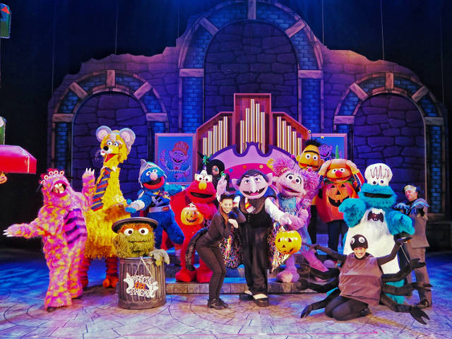 USS Trick or Treat with Sesame Street The Count