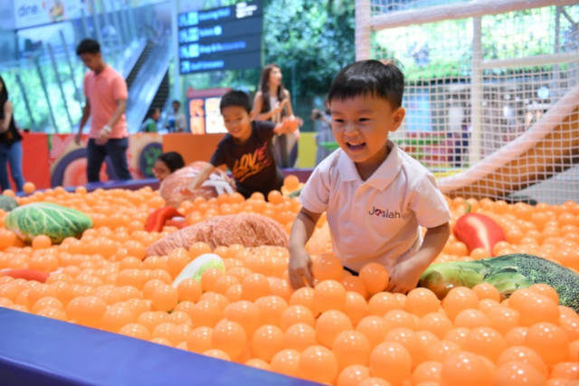 changi airport holiday activities