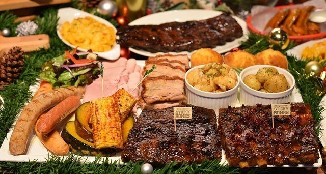 Morganfield's Christmas Feast