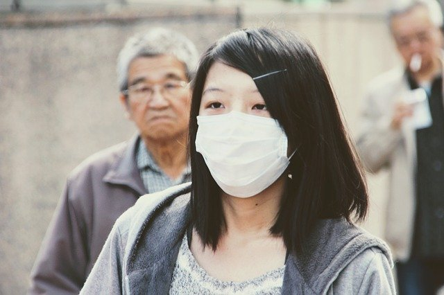 wearing mask to prevent virus spread