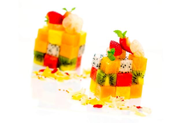 Kiwis and strawberries high vitamin c