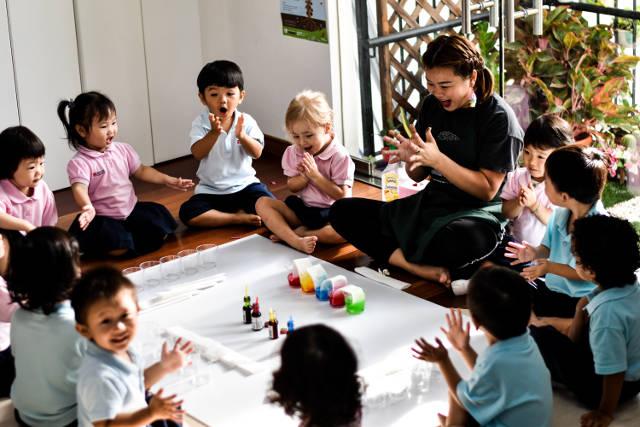 mosaic kindergarten class in action