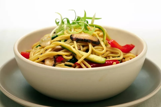 Vegetable chow mien quick recipe