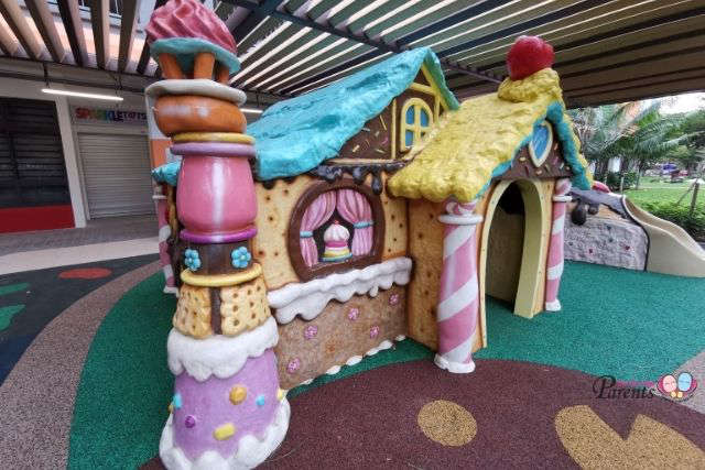 Hansel and Gretel Playground Candy House