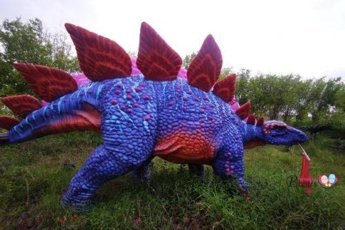 dinosaurs in singapore changi jurassic mile