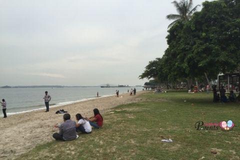 picnic places singapore changi beach