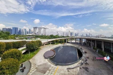 picnic spots singapore marina barrage